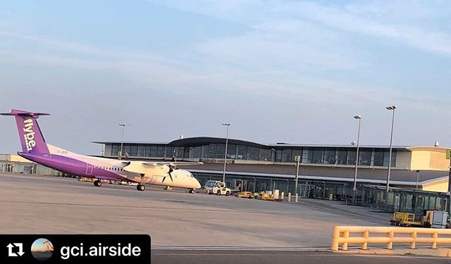 #Repost gci.airside with makerepostGood evening all, been a busy day airside at Guernsey. We appreciate its been very much Flybe orientated with the posts today! We can assure you Aurigny and Blue Islands have been flying too the Heathrow launch went very well. Departed Guernsey at 1434 but arrived back around 1840 20 mins late all in all a success! Another busy day ahead tomorrow  #guernseyairport #avgeek #airport #egjb #aviationgeek #aviationphoto #aircraft #travel #aviation #aviation4u #avpic #jetpic #guernsey #airplane