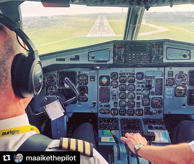 #Repost maaikethepilot with makerepostJumpseat views during landing on rwy 09 in Guernsey