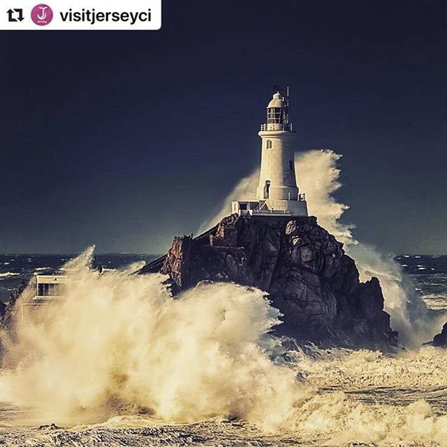 #Repost visitjerseyci with makerepostBe blown away by #JerseyCI this #winter  it really is breathtaking! #EscapetoJersey #lighthouse #coast #sea #waves #view #VisitJerseyCI