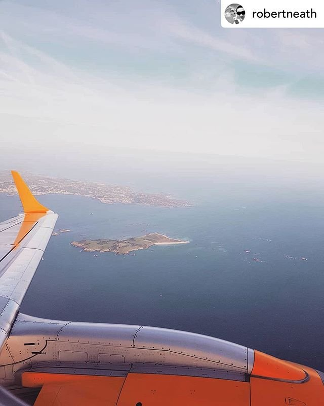 Posted withrepost  robertneath #FlashBackFriday #flashbackflyday  climbing out over Herm island on my way to London.#MyAurigny #AUR #Ayline #Aurigny #embraer195 #emb195 #jet #aviation #avgeek #avgeeks #aircraft #GCI #Guernsey #LGW #londongatwick #Gatwick #London #blogger #holiday #trip #islandlife #island #fly #flight aurignygsy #GuernseyAirport #egkk #egjb guernseyairport gatwickairport hermisland