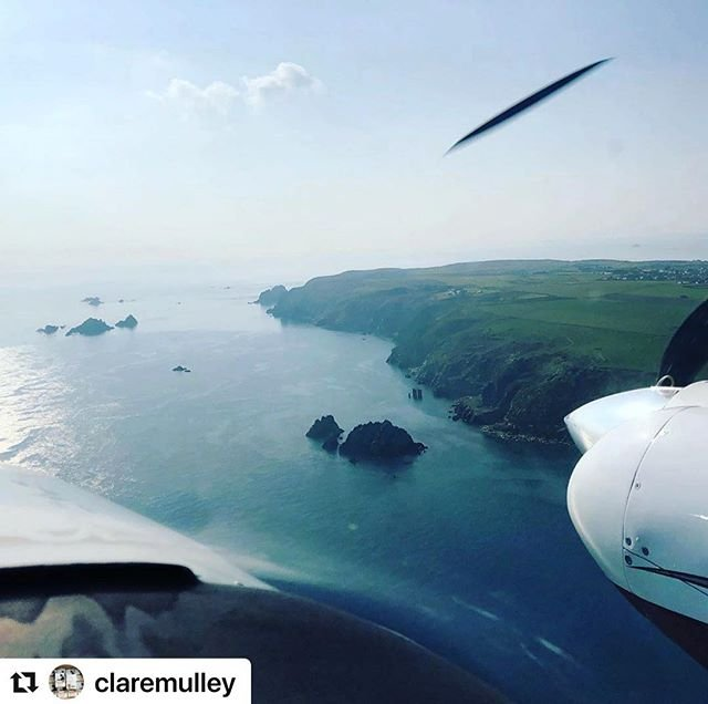 #Repost claremulley with makerepostJust arrived in beautiful #Alderney for the #alderneylitfest, #celebratinghistoricalliterature with anthonyriches, author of the #Roman #Empire series. Ill be talking about #thewomenwhoflewforhitler and discussing whether historians reflect or shape history. Thanks to David Chiswell for the lift from #Cambridge, and a clockwise lap of the #island before landing! #glorious ! This is the way to travel! #stunningalderney #channelislands #litfest #litfest2019 #historyfestival #lightaircraft visitalderney #alderneyisland #alderneyairport #visitalderney #puffins #andbreathe
