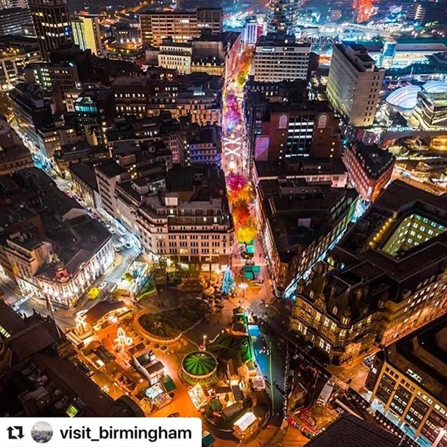 #Repost visitbirmingham with makerepostVisited Birmingham yet this Christmas? Hopefully this amazing aerial shot by clayt  has left you feeling inspired this festive season. Share your Christmas moments  #ChristmasinBham#visitbirmingham #birmingham #shoppinginbirmingham #christmasmarket #christmas #lovegreatbritain #visitengland #visitbritain #mymicrogap