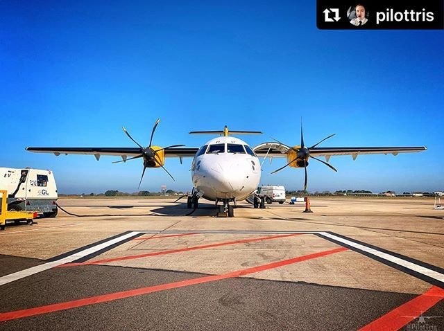 #Repost pilottris with makerepostCan someone bring back the sunshine and warmish weather that we recently had?  This week is my last week on the ATR  But moving onto bigger and better things...
